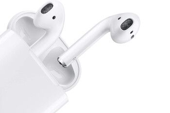 Apple AirPods with Charging Case get a nice discount on Amazon