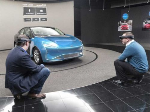 Ford Tests Microsoft HoloLens for automotive design