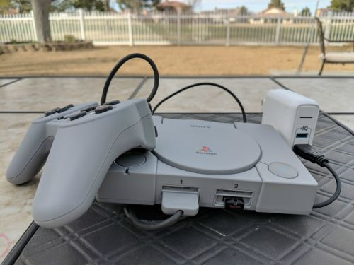 Can you play PlayStation Classic games on the PlayStation 4?