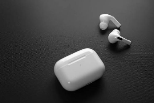 Apple is planning to launch new AirPods and AirPods Pro in 2021