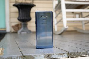 Samsung's Super Night Shot camera update lands on the Galaxy Note 9, too