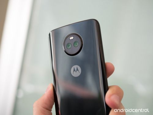 Moto X4 preorders starting soon, Alexa Moto Mod coming November