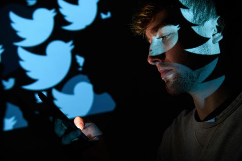 Twitter Blue Subscription: Leaked Price and Paid Features; Undo Retweet, Collections, and More