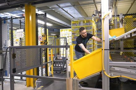 Amazon is letting its warehouse staff play video games while they work