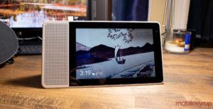 Walmart Canada is selling the Lenovo Smart Display with Google Assistant for $135