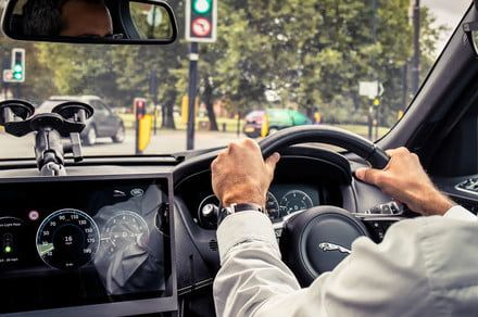 Jaguar's V2X technology will keep you from getting stuck at red lights