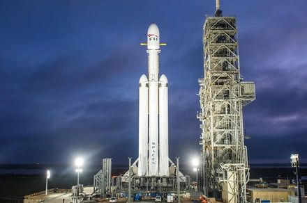 How to watch SpaceX's challenging Falcon Heavy night launch live