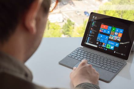 Microsoft drops Surface Go price to $350 for Black Friday week