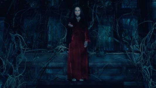 Awesomely Creepy Full Trailer For Netflix's New Horror Series THE HAUNTING OF HILL HOUSE