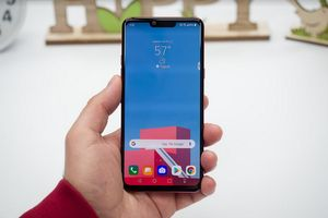 Best Buy's four day sale takes up to $200 off the LG G8 ThinQ and Apple iPhone X