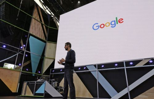 Not that Apple should worry, but it looks like Google's first full-time store is coming
