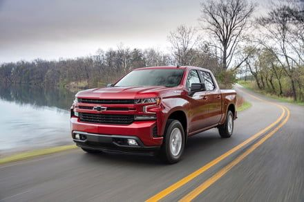 2019 Chevrolet Silverado gets serious about MPG with new four-cylinder engine
