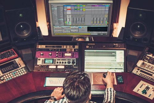 Get a Lifetime Of Noiselab's Music Production Training For Just $19