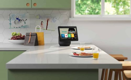 The New Echo Show 10 Will Follow Your Every Move, Literally