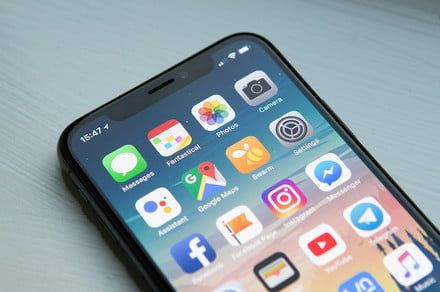 Lawsuit alleges Apple falsely advertised the screen size of the iPhone X