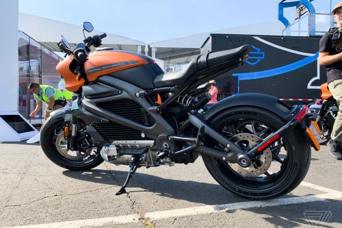 Harley-Davidson stops electric motorcycle production due to charging problem