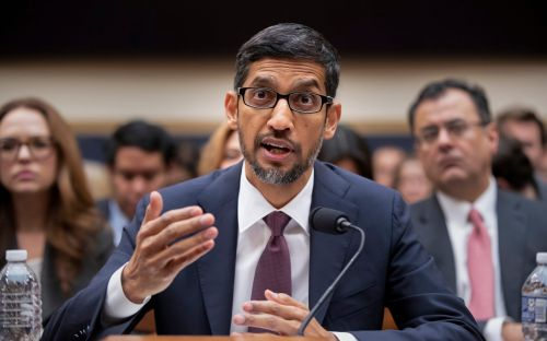 Google boss denies plans to launch censored search engine in China