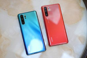 Huawei P30 Pro lands, promising to be the ultimate phone camera