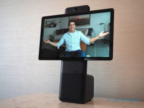 Facebook Portal adds browser and new apps to video call display