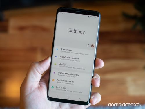 Samsung's Viewing Area in One UI needs to make its way to stock Android