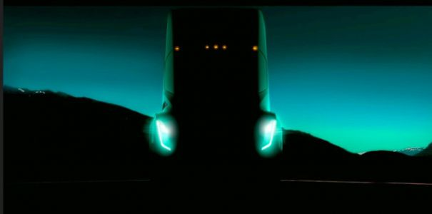 "Tesla semi truck unveil event ""tentatively"" set for October 26"