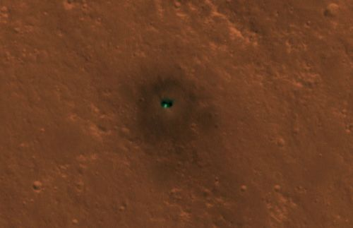 Mars orbiter spots InSight lander chilling out on Martian surface