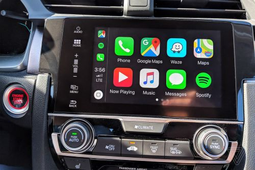 Apple CarPlay's new dual-screen function won't work in any car on the road today
