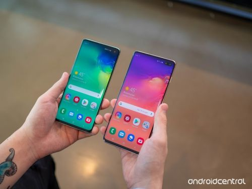 Does the Galaxy S10 have dual speakers?