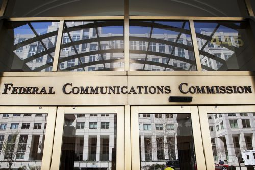 How the FCC lets your ISP paint a rosy picture of internet speeds