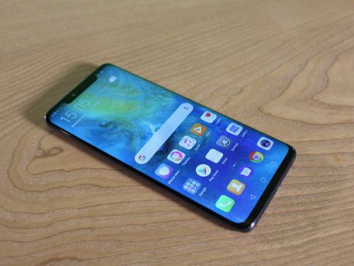 Hands on with Huawei's brand new smartphone, the Mate 20 Pro