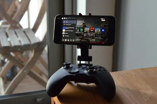 The new Xbox app will let you stream Xbox One games to your iPhone