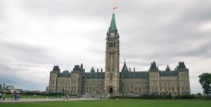 Canadian policymakers tend to overlook vitality of telecom for businesses: report