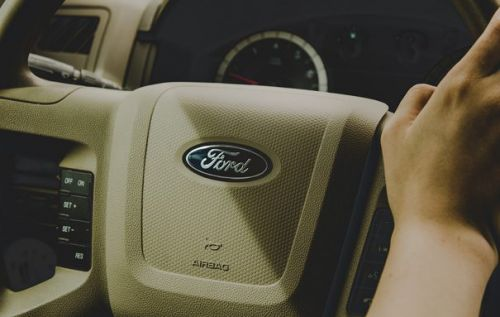 Ford patents method to eliminate 'new car smell' from vehicles