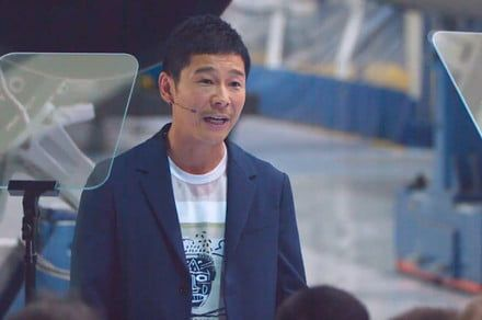 SpaceX to send Japanese billionaire on moon trip, but he won't be going alone