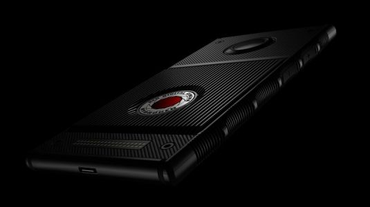 AT&T and Verizon will carry the RED Hydrogen One